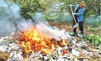 垃圾焚烧炉、飞灰稳定化、二噁英类、连续焚烧方式等
